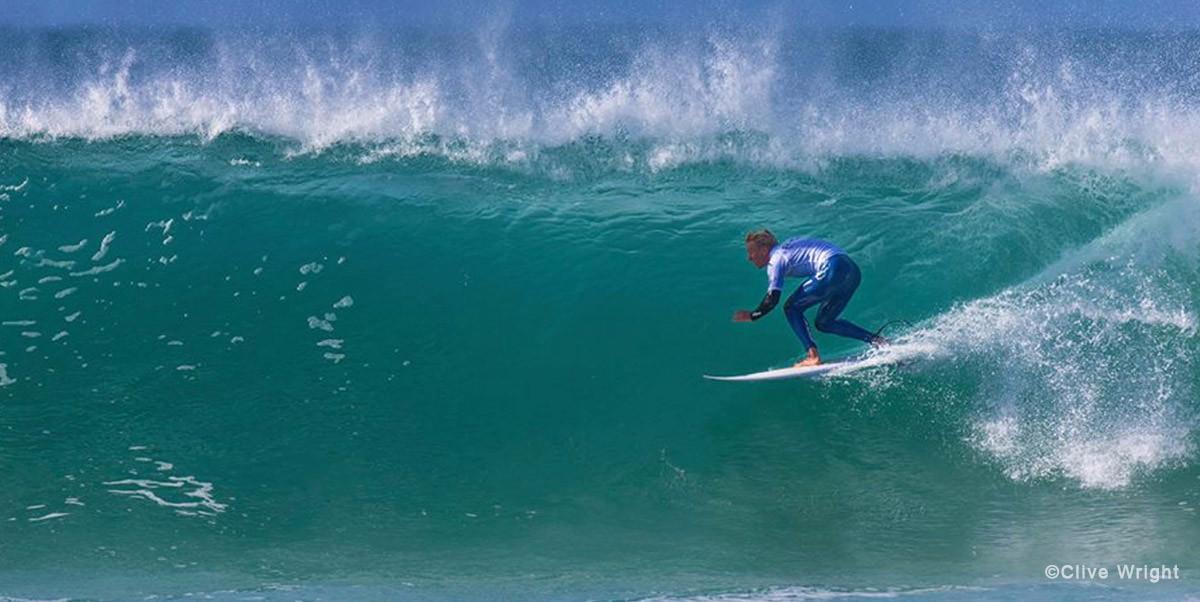 sigpic-surfing