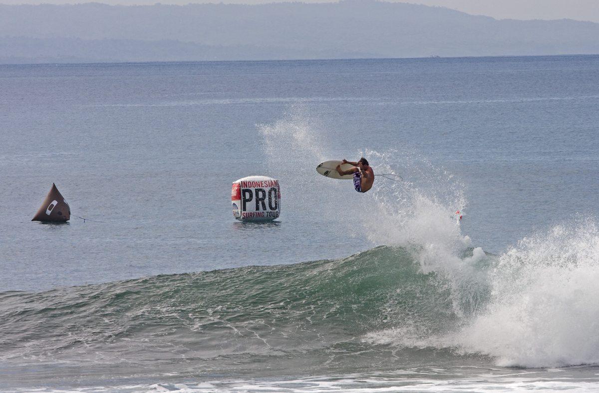 Seth Hulley Bali Oakley