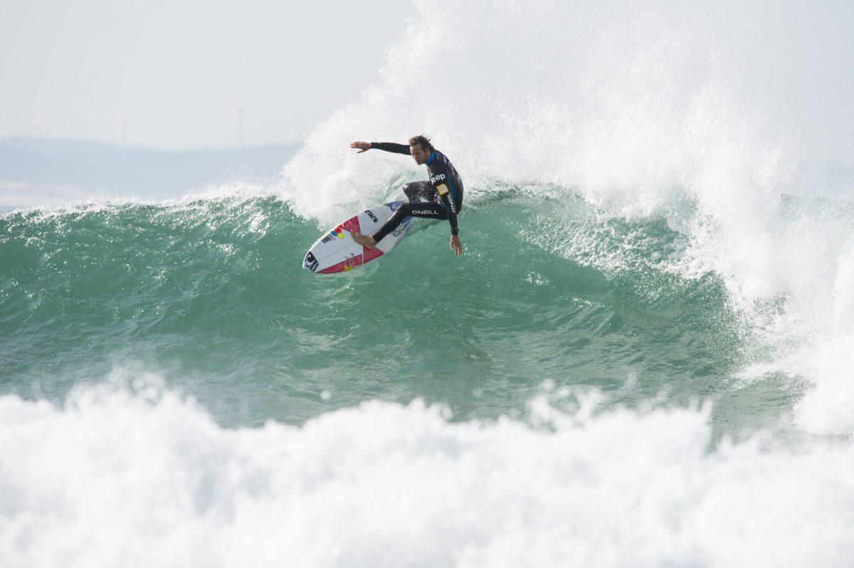 Jordy Smith knows how to get the big points © Kolesky-Nikon-Lexar